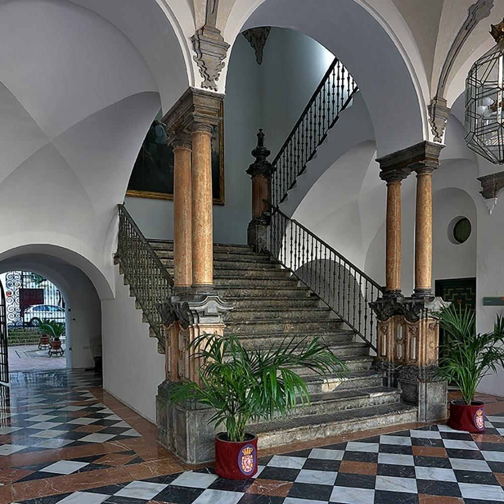 Escalera imperial. Palacio de la Merced.