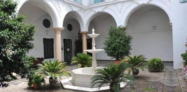 Patio andaluz. Palacio de la Merced.