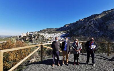 La Diputación de Córdoba entrega la obra del camino 'Colada del Pozuelo', en Zuheros, en el que ha construido un mirador
