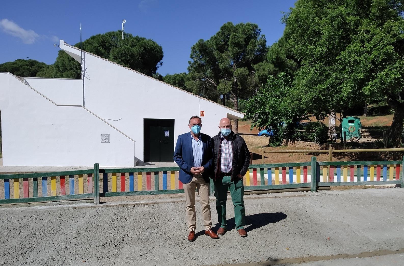 La Diputación realiza mejoras en el Parque Periurbano La Sierrezuela, en el marco del PFEA, con un presupuesto que alcanza los 54.000 euros