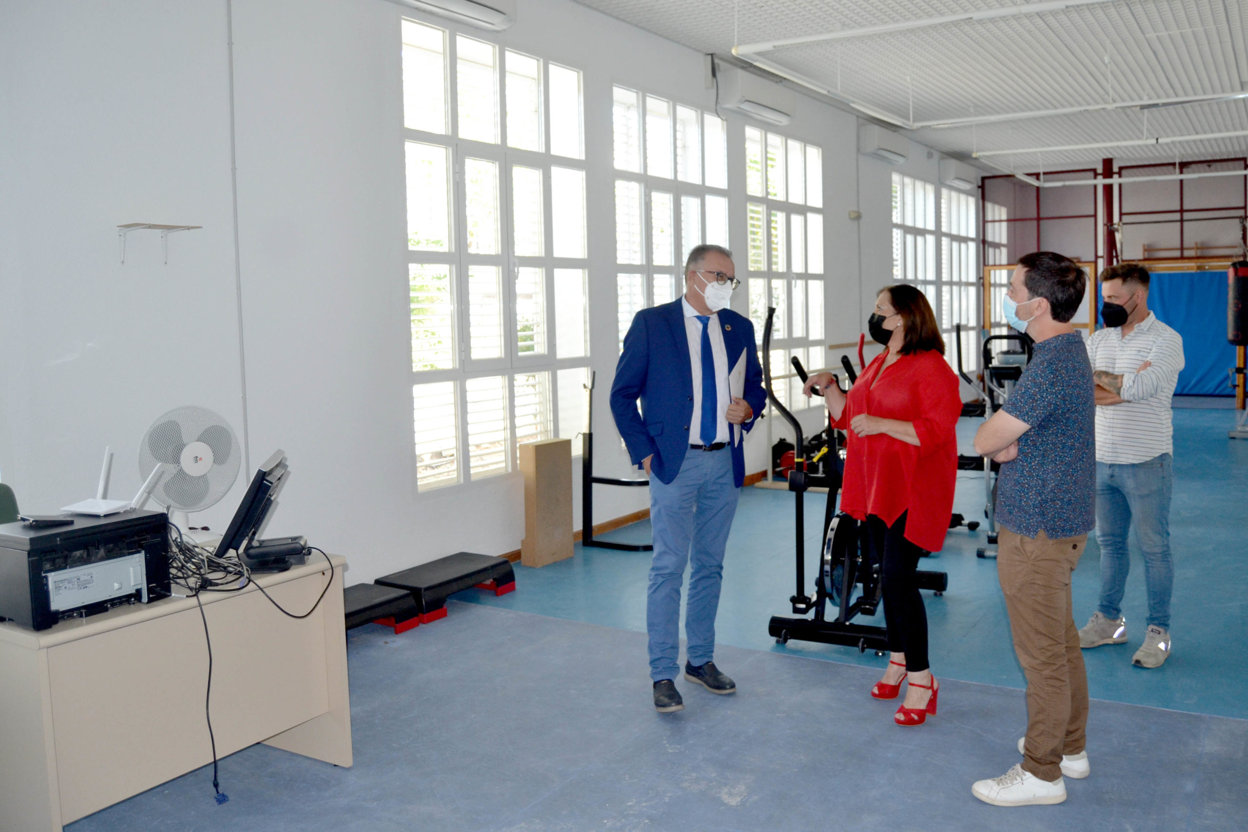 La institución provincial concluye la obra Feder para renovar la envolvente térmica del salón de usos múltiples de Cardeña