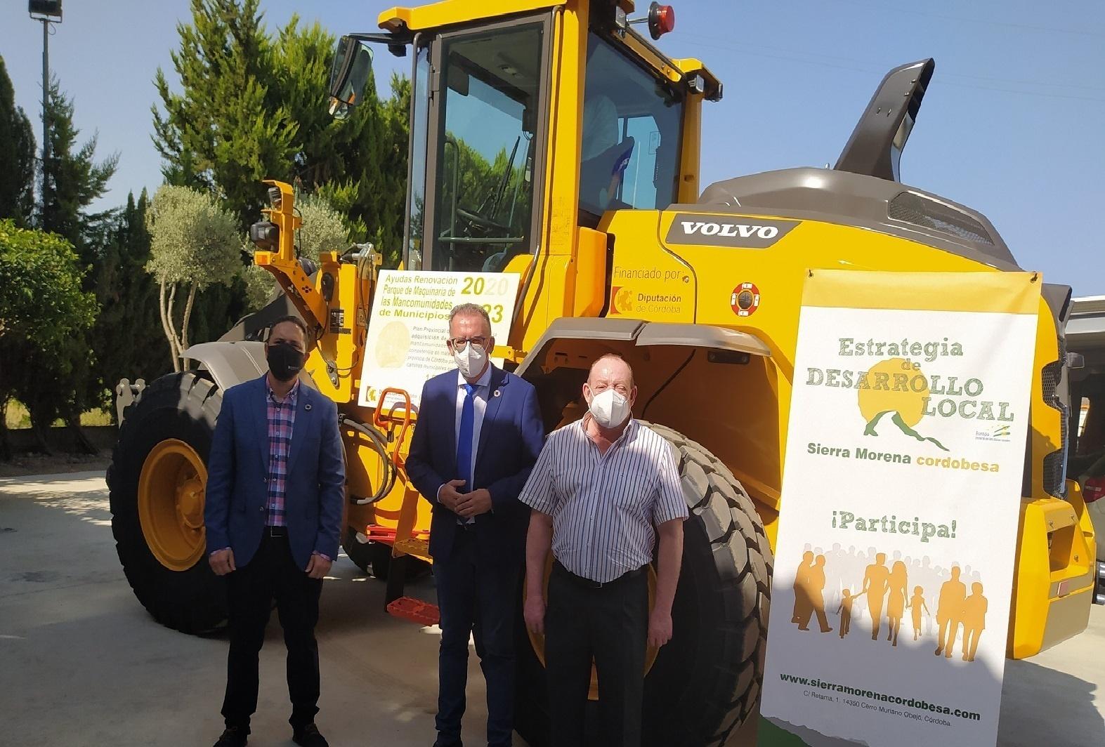 La Mancomunidad de Sierra Morena recibe un nuevo vehículo gracias al Plan de Adquisición de Maquinaria de la Diputación de Córdoba